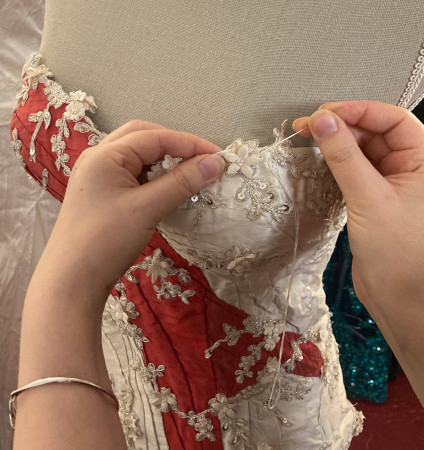 bruidsjurk_rood_detail