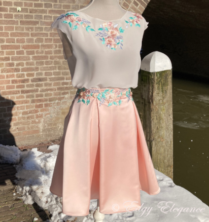 Satin_skirt_pink_with top