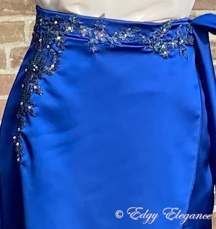 skirt_satin_blue_close_up_5