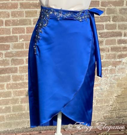 skirt_satin_blue_full_length