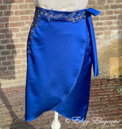 skirt_satin_blue_full_length_3