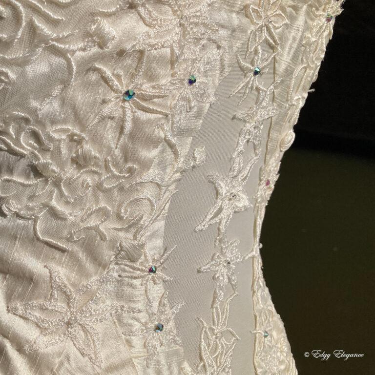 bridal_corset_back3
