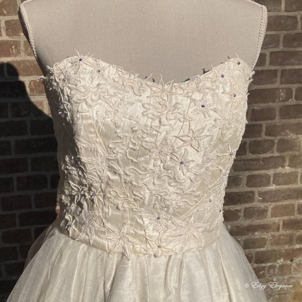 bridal_corset_silk_ivory